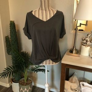 Vici Twist Front Short Sleeve Shirt Size Small